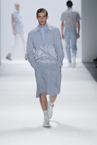 "Richard Chai ""Light & Transparent"" [men's fashion]"