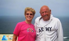 August 2014 vicinity Fort Funston, southwest of the Presidio of San Francisco: Barbara & Pete Gleichenhaus