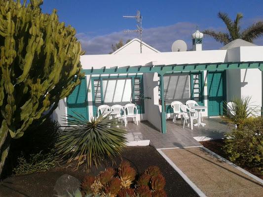 Bandama Bungalows, Urb. Costa Mar, Calle Lapa, 18, 35510 Puerto del Carmen, Las Palmas, Spain