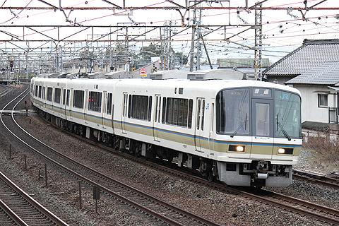 JR西日本 221系通勤・近郊型電車