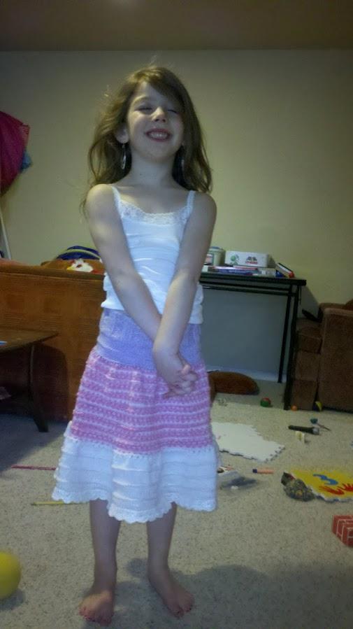 Girl's knitted skirt