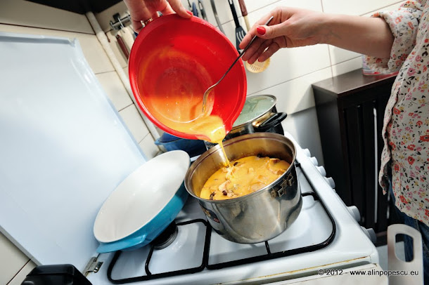 Razvan Anton - tort de mere cu crema de zahar ars si blat de pandispan