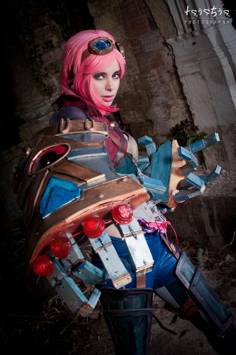 Ngắm bộ ảnh cosplay Vi tuyệt đẹp của Miss Therion - Ảnh 11