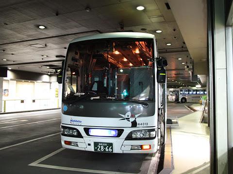 西鉄高速バス「桜島号」夜行便 4012 西鉄天神BC改札中