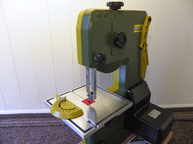Proxxon Micro MBS 240/E Band Saw Review - Modeling tools and