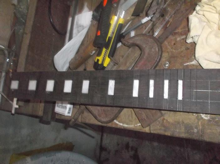 Construção inspirada Les Paul Custom, meu 1º projeto com braço colado (finalizado e com áudio) - Página 2 DSCF0970