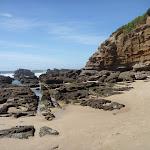 Rock pools at Caves Beach (387329)