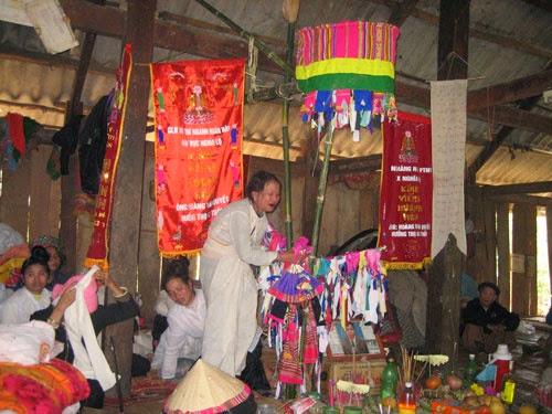 cung nguoi thai don tet kin chieng6 Cùng người Thái đón tết Kin Chiêng