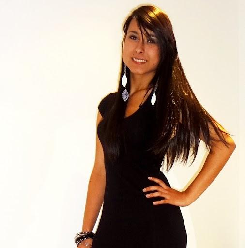 Jackeline Sanchez Photo 28