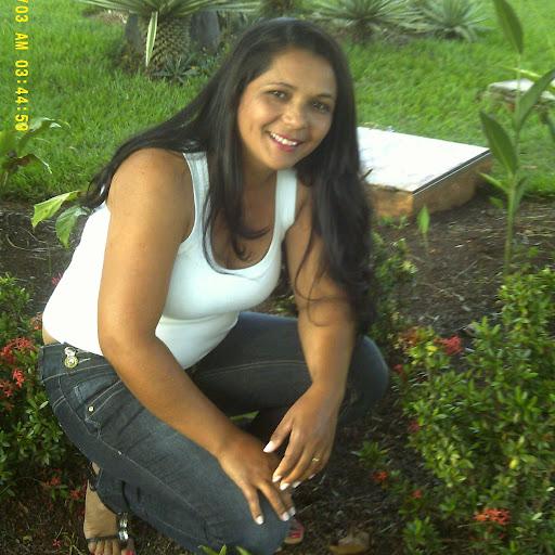 Eunice Ferreira Photo 14