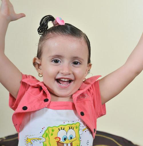 Elham Shaheen Photo 6