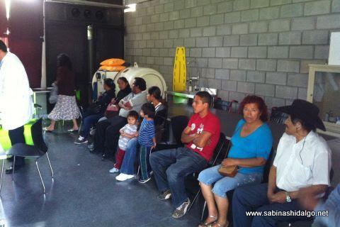 Campaña contra las cataratas de la diputada Martha de los Santos