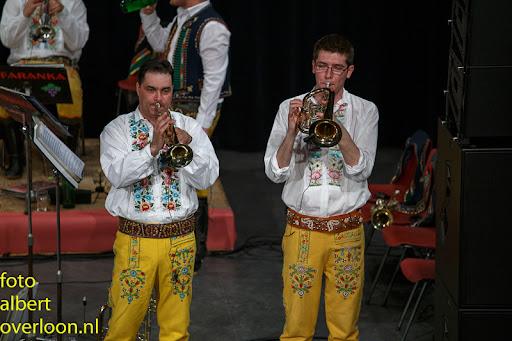 Blaaskapel Freunde Echo met Tufaranka Overloon 19-04-2014 (59).jpg