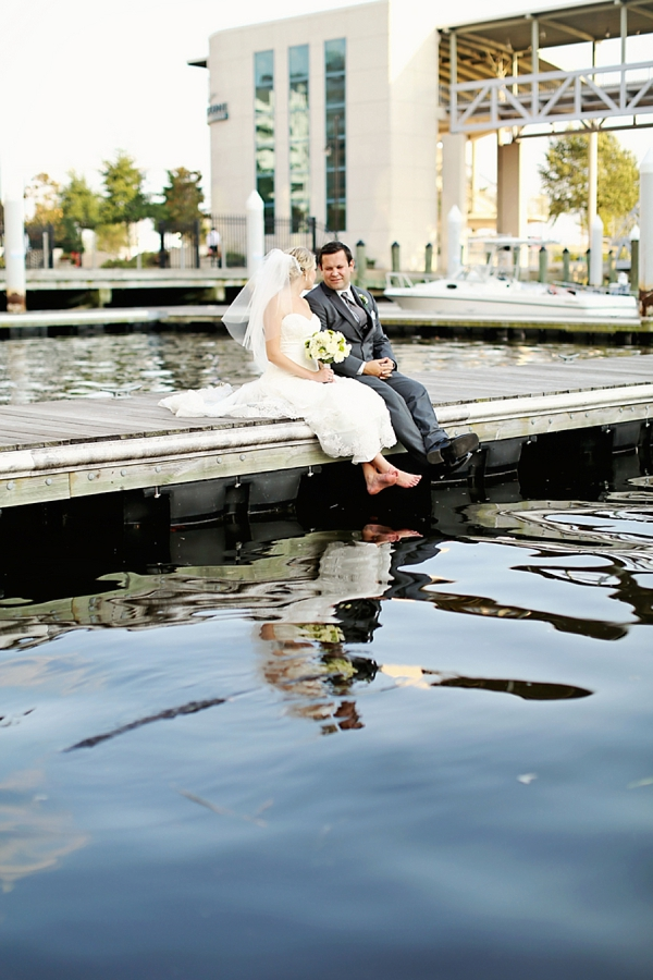 fun norfolk waterside wedding tidewater and tulle