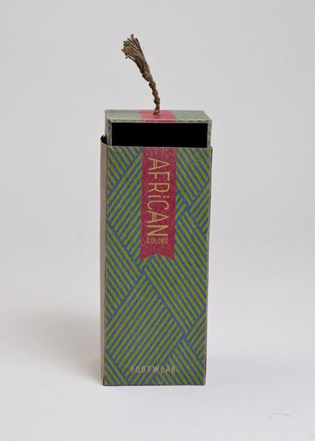 cutie din carton pentru pantofi imprimata in doua culori