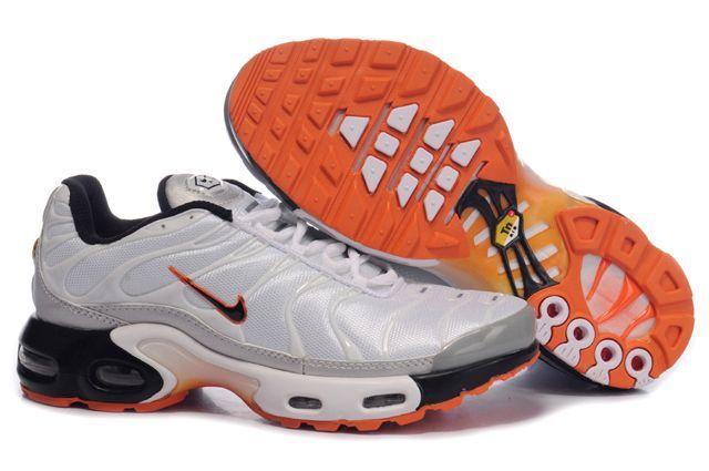 separation shoes cd0d0 7a1fc La Nike Air Max TN aka AMP a été la première chaussure de course à Nike  Tuned fonction system.The Nike Air Tuned Air système est constitué de deux  ...