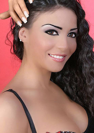 Arab Model Dolly Chahine smile