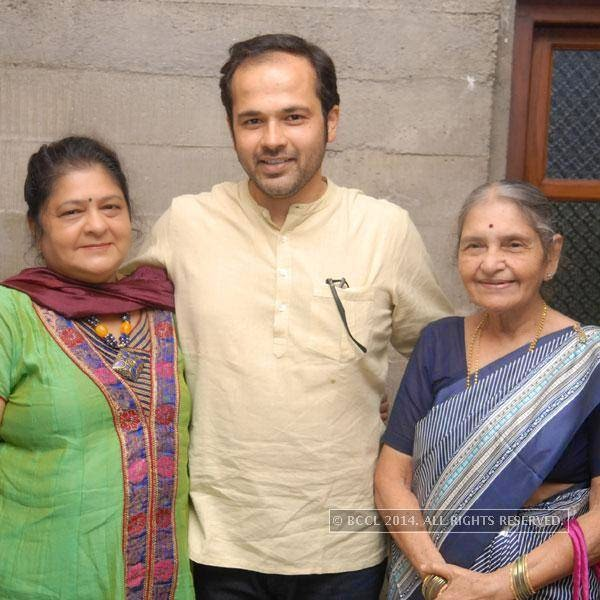Dr Amol Deshmukh with Roopa and Meena Pawar at his birthday party, in Nagpur.