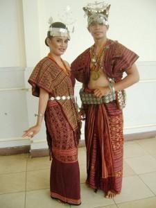 Pakaian Adat Nusa Tenggara Timur NTT