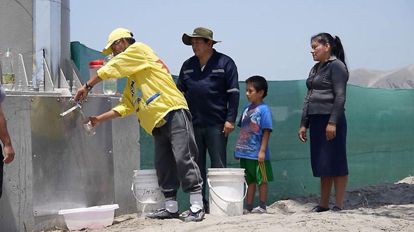 *祕魯會蓄水的廣告招牌:流出乾淨的飲用水! 3