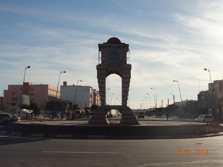 Marrocos e Mauritãnia a Queimar Pneu e Gasolina - Página 2 DSC05504