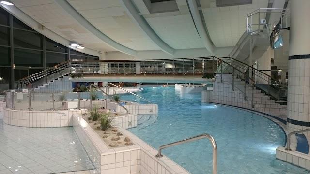 Centre aquatique de neuilly sur seine em neuilly sur seine for Piscine neuilly sur seine