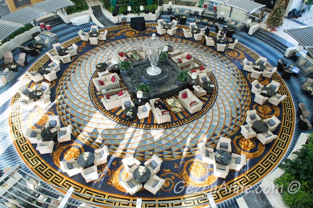 Calista Otel lobbysi