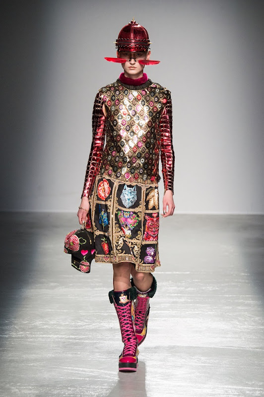 Pixelformula  Paco Rabanne Womenswear  Winter 2015 - 2016 Ready To Wear  Paris