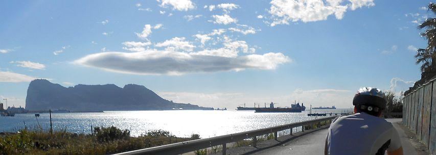Gibraltar mit Wolken
