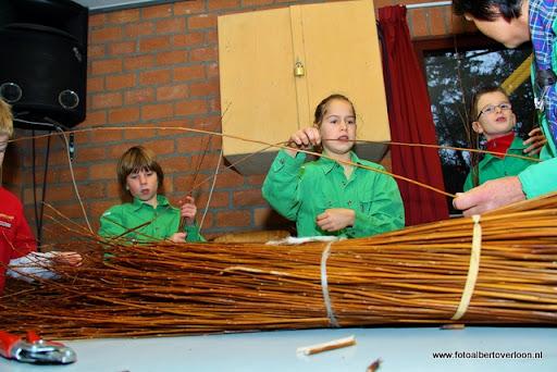 creatief vlechten met wilgentenen Scouting overloon  (19).JPG