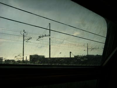 ナポリに向かう列車の車窓