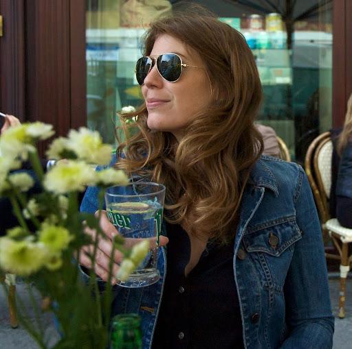 Valerie Middleton Photo 14