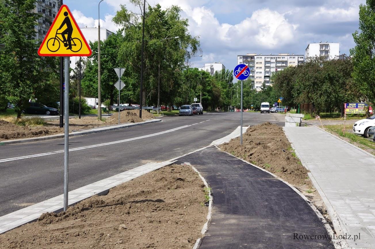 Ulica Rydzowa mogłaby mieć ten wyjazd nieco dalej - miejsce jest.