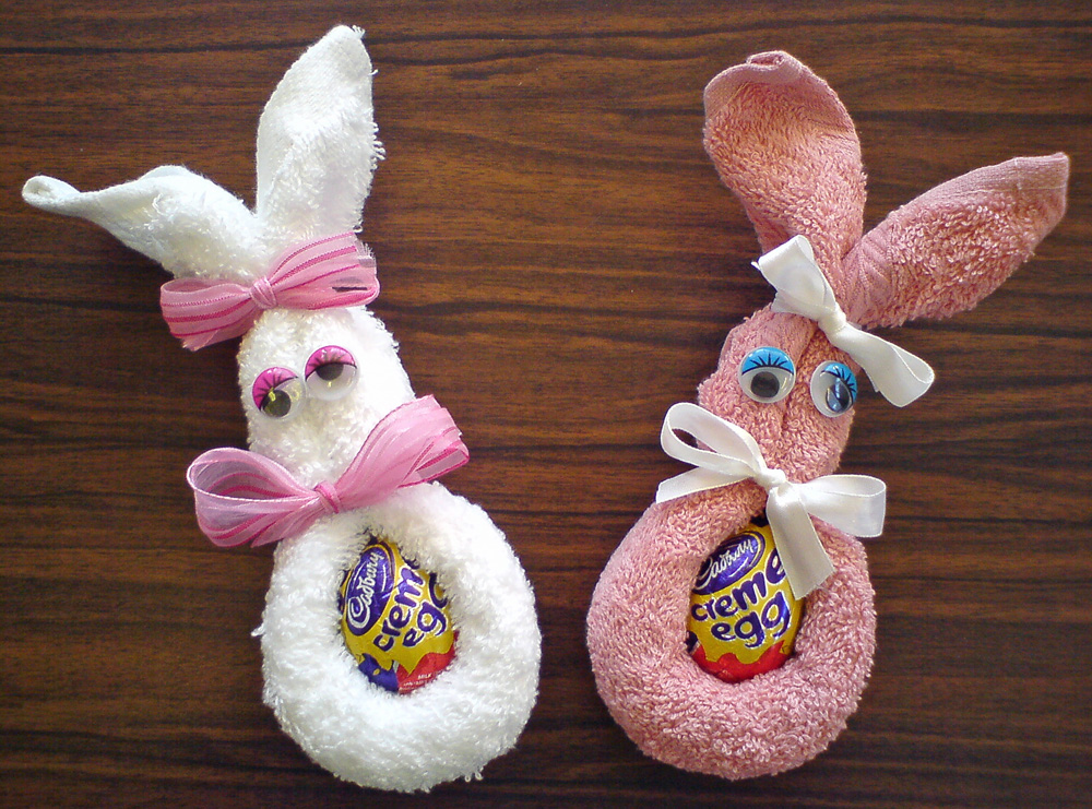 craft and activities for all ages face cloth easter bunny