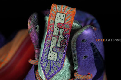 nike lebron 10 gs galaxy 2 06 A Detailed Look at Nike LeBron X GS Galaxy (543564 500)