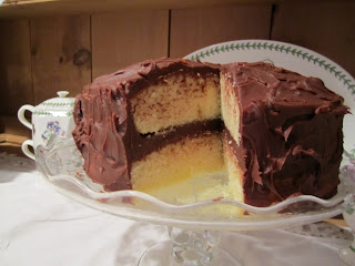 Good Dinner Mrs. Mellen: Yellow Cake with Chocolate Fudge Frosting