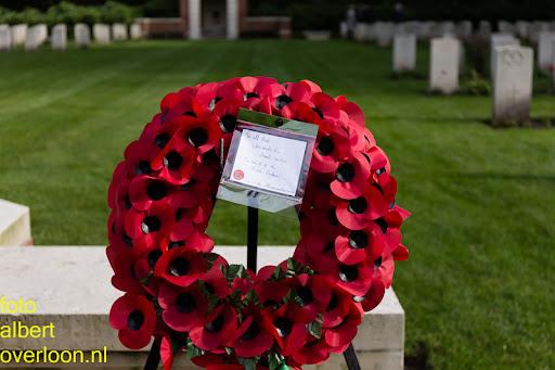 herdenkingsdienst  en een stille tocht naar het Engelse kerkhof 12-10-2014 (93).jpg