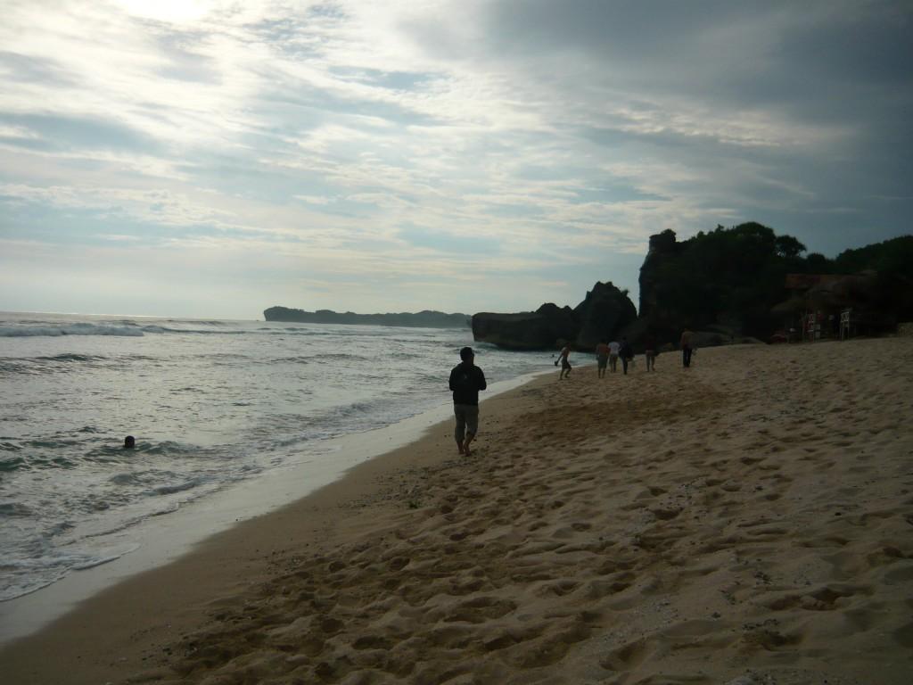 area kanan di pantai indrayanti