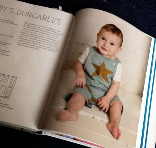 KnitWitsOwls: Baby dungarees!