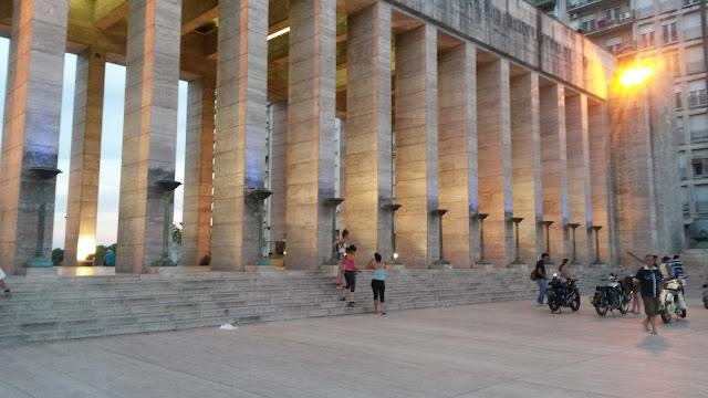 """Expo """"Encuentro de Pasiones"""" Monumento a la Bandera, Rosario, Argentina, Elisa N, Blog de Viajes, Lifestyle, Travel"""