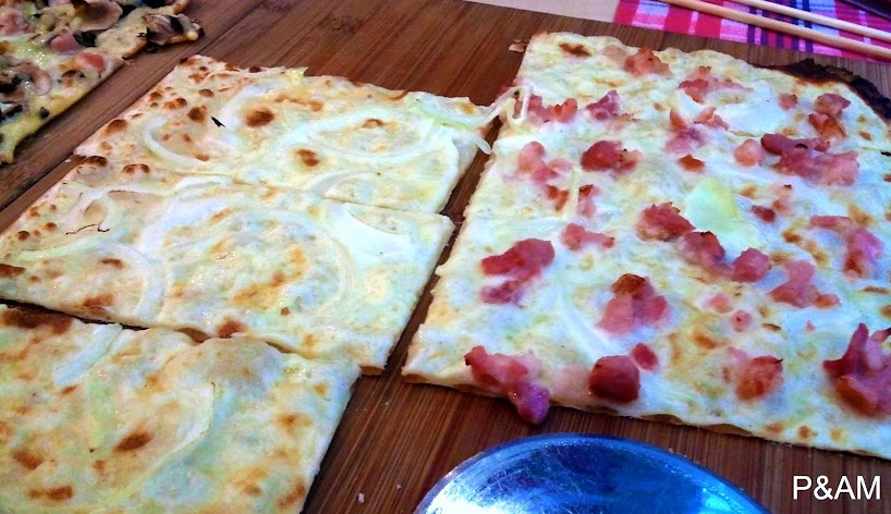 Flam's French Pizza