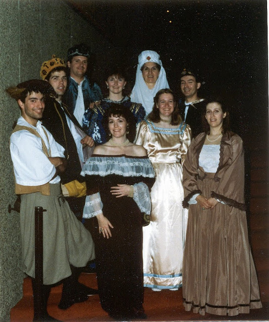 Loved those costumes -- all from Ottawa Little Theatre -- thx Susan!