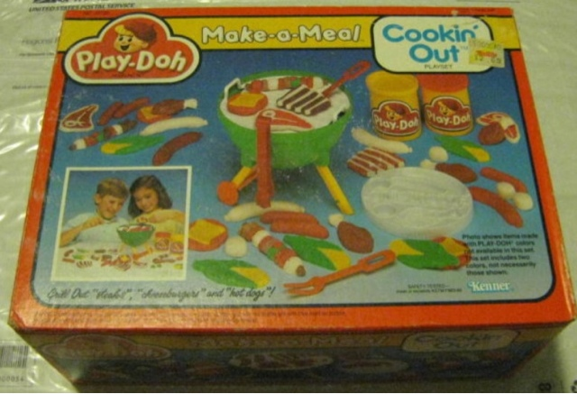 80 39 s toy chest play doh make a meal cookin 39 out. Black Bedroom Furniture Sets. Home Design Ideas