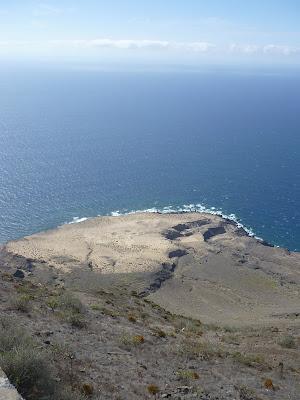 neben der Straße an der Westküste Gran Canarias.