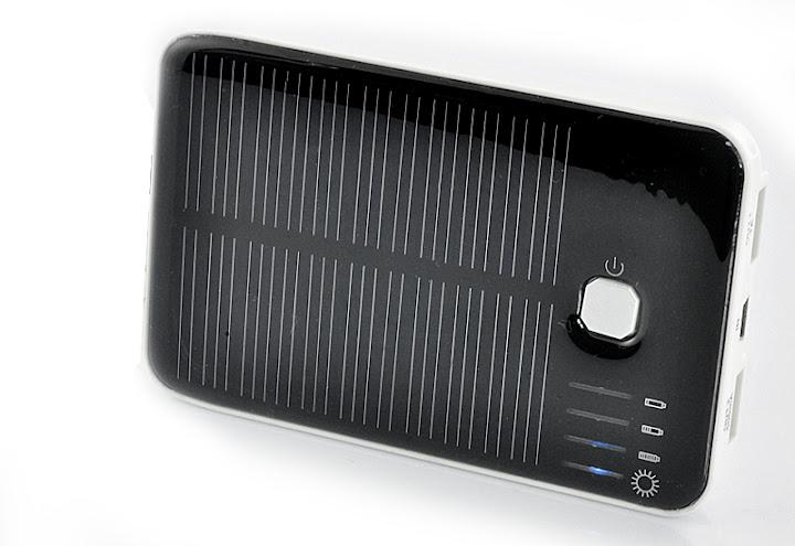 Pannello Solare Per Ricarica Batteria Barca : Caricabatterie solare caratteristiche devices ad