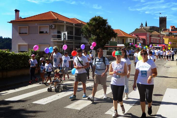 Mais de 700 pessoas caminharam para ajudar o Rui Pedro