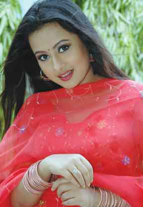 Bangladeshi Popular Dhallywood Movie Actress Purnima Picture Latest Picture