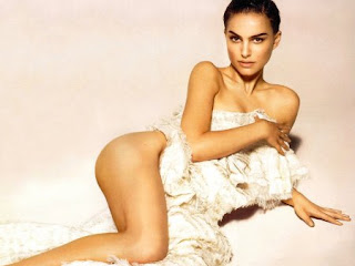 Natalie Portman at least partially nude!
