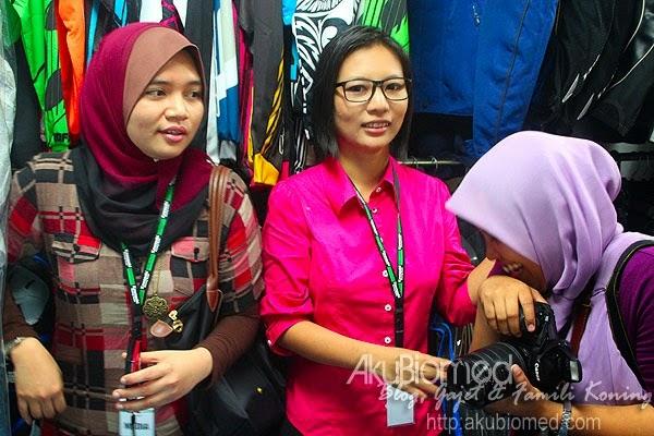 Blogger Nurul, Yana
