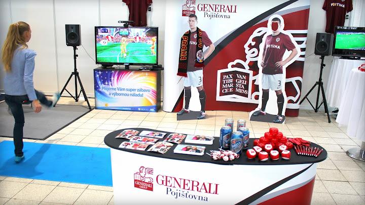 fotbal zábava, fotbal trenažér, fotbal na firemni akce, Pronájem simulátoru fotbalu